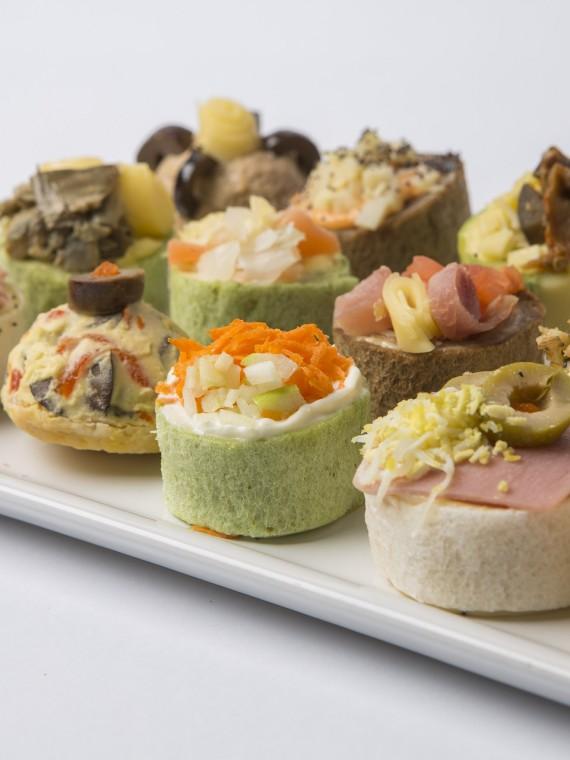 9 Pancitos - Sandwichería 090